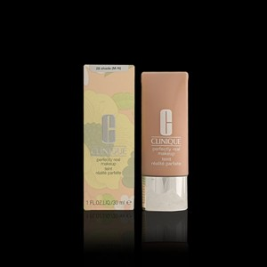 Imagen de PERFECTLY REAL fluid foundation #28 30 ml